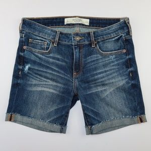 Abercrombie & Fitch Mid Rise Boy Short Size 2 W26